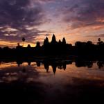 Amanhecer em Angkor Wat, Camboja. 2013